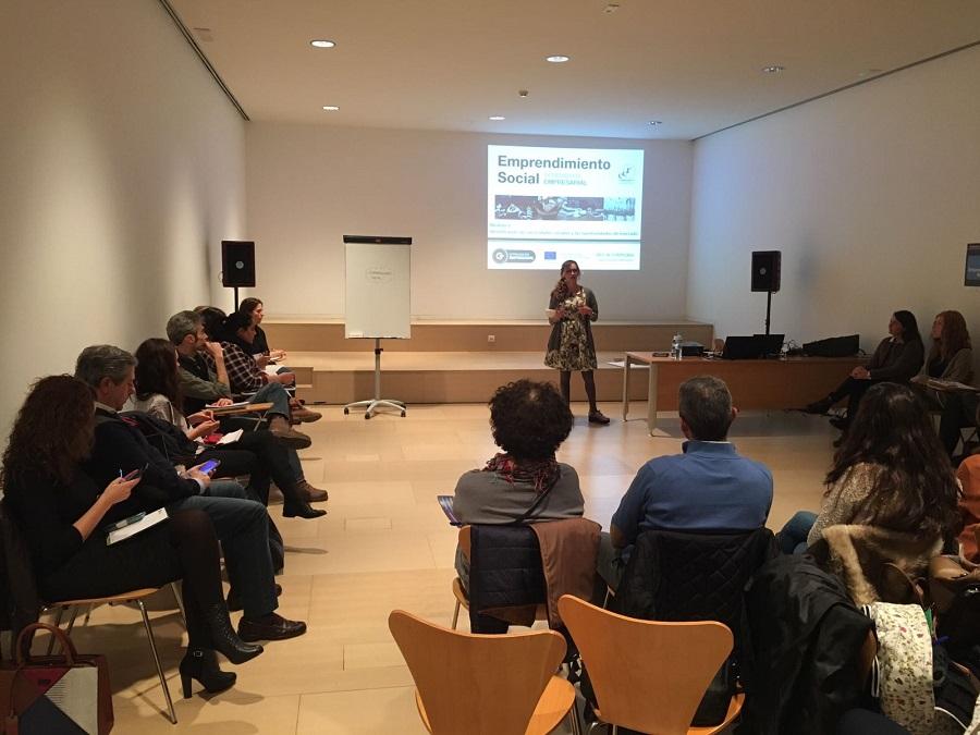 Curso sobre Emprendimiento Social.
